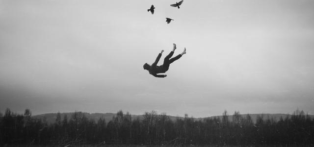 Nell'immensa solitudine della mia vita volgo lo sguardo al cielo e credo… almeno tu starai vedendo ciò che vedo anch'io. Marco M. Ruggiero ©
